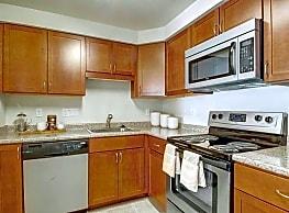 Gardencrest Apartments - Waltham