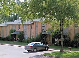 Troup Townhomes - Troup