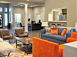 Champions Park Apartments - Houston
