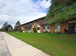 Oakridge Apartments - Madison