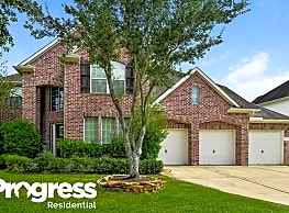 2305 Cape Landing Dr - Pearland