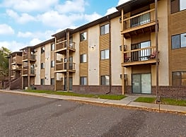 James Manor Apartments - Minneapolis