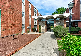 Shakespeare Apartments, Stratford, CT