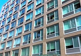 Qlic Apartments, Long Island City, NY