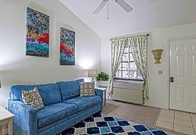 Lemans Apartments Lakeland, Lakeland, FL