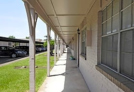 Lancaster Cornwall Apartment Homes, Beaumont, TX