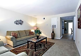 Avalon Square Apartment Homes, Bradenton, FL