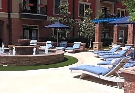 Resort at 925 Main, Grapevine, TX