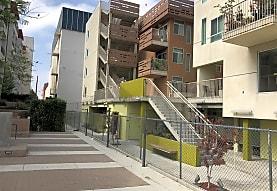 Seven Maples, Los Angeles, CA