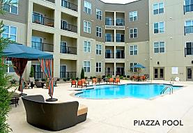 Piazza On West Pine, Saint Louis, MO