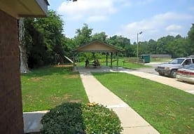 Toccoa Pines, Toccoa, GA