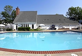 Dulles Center Apartment Homes, Herndon, VA