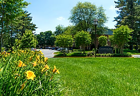 Charter Oak Apartments, Reston, VA