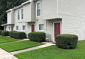 Pinegate Apartments, Ahoskie, NC