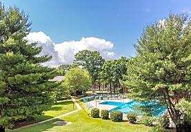 Fairfax Circle Villa Apartments, Fairfax, VA