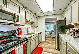Whitewood Apartments, Twinsburg, OH