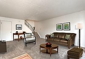 Brighton Colony Townhomes Apartments - Rochester, NY 14618