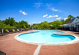 Willow Grove Apartment Homes, Danbury, CT