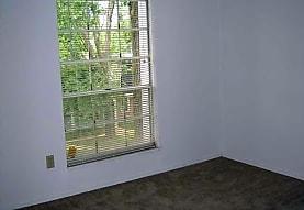 Parkwood Place Apartments, Hazelwood, MO