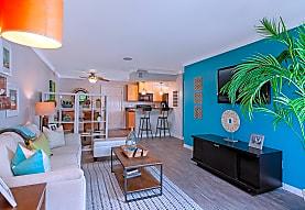 Beachwood Apartments, Anaheim, CA