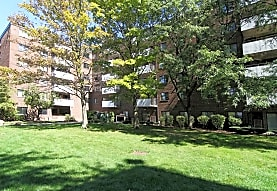 Thornwood Apartments, Chicago Heights, IL