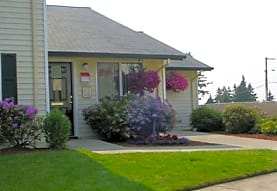 River Crest Apartments, Sheridan, OR