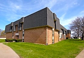 Bedford Square, Rochester Hills, MI