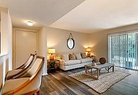 High River Apartment Homes, Tuscaloosa, AL