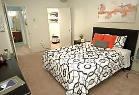 Chatsford Village Apartments, Madison Heights, MI