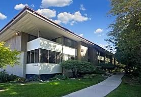 Woodland Court Apartments, Milwaukee, WI