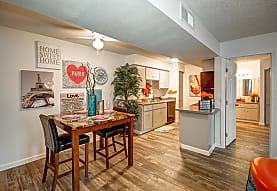 Tuscany Pointe Villas Apartments - Phoenix, AZ 85053