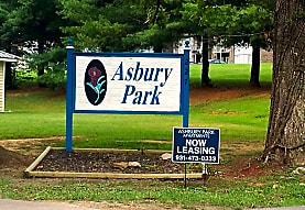Asbury Apartments, McMinnville, TN