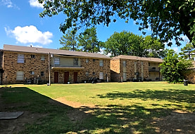 Steeplechase Apartments, West Memphis, AR