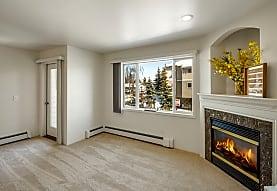 La Maisonnette Apartment Homes, Anchorage, AK