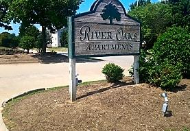 River Oaks, Des Moines, IA