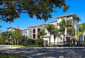 Overlook at Crosstown Walk, Tampa, FL
