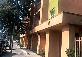Brookfield Place, Oakland, CA