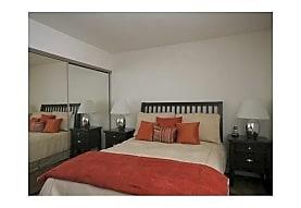 Club Pacifica Apartment Homes, Oxnard, CA