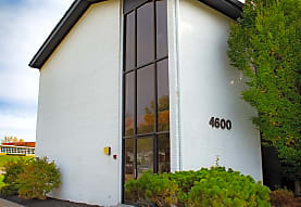 Studio W Apartments, Kettering, OH