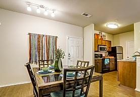Arioso Apartments & Townhomes, Grand Prairie, TX