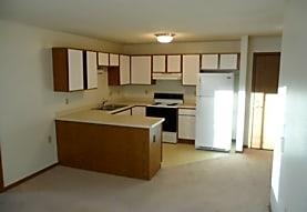 Faircrest Apartments, Saint Francis, WI
