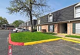 Oaks, The, Huntsville, TX