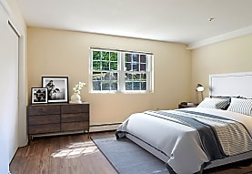 Wexford Village Apartment Homes, Worcester, MA