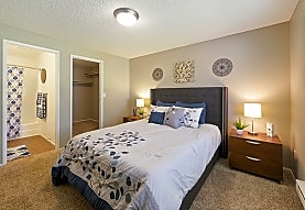 The James Apartments, Lakewood, WA