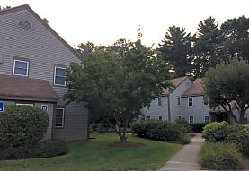 Plantation Apartments, Stow, MA
