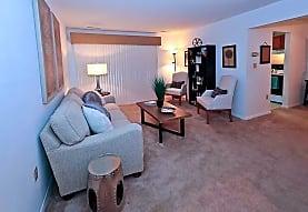 Hethwood Apartment Homes, Blacksburg, VA