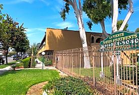 La Puente Gardens, La Puente, CA