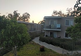 Wexford Manor Apartments, San Diego, CA
