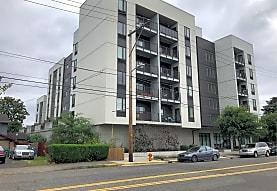 Gilman Court, Portland, OR