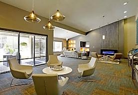 3300 Tamarac Apartment Homes, Denver, CO
